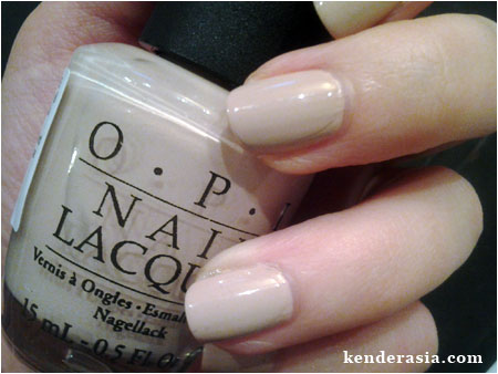 OPI – Don't Pretzel My Buttons