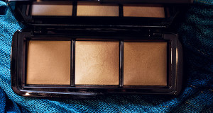 Hourglass Ambient Lighting Powder Palette
