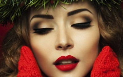 Make-up and Styling Trends for The Holiday Season