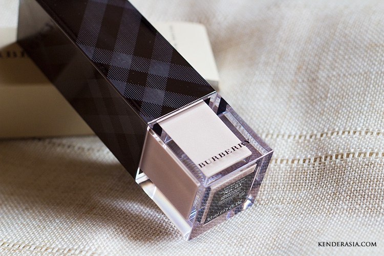 Burberry Fresh Glow Nude Radiance